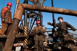 Нефтяники просят об оказании помощи